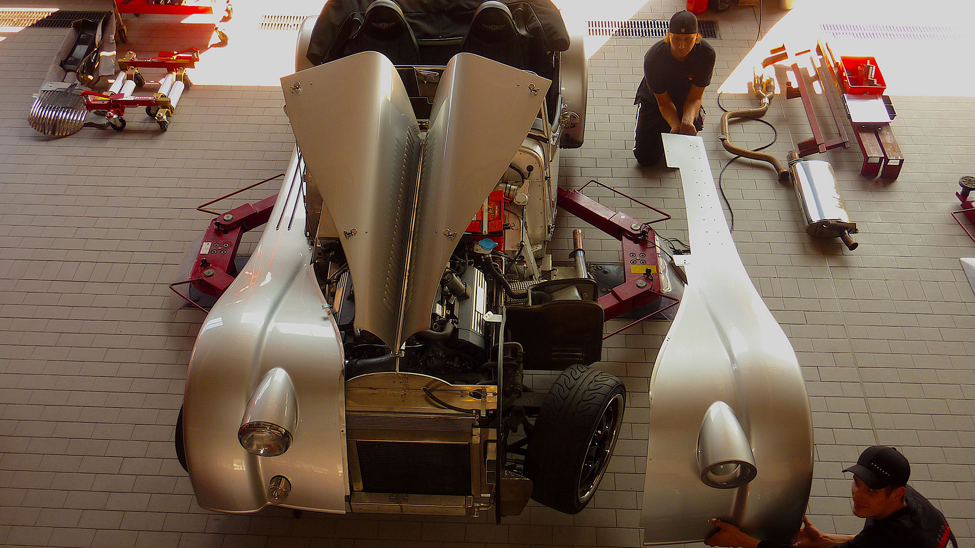 SSR Classic – Oldtimer Karosseriebau Montage